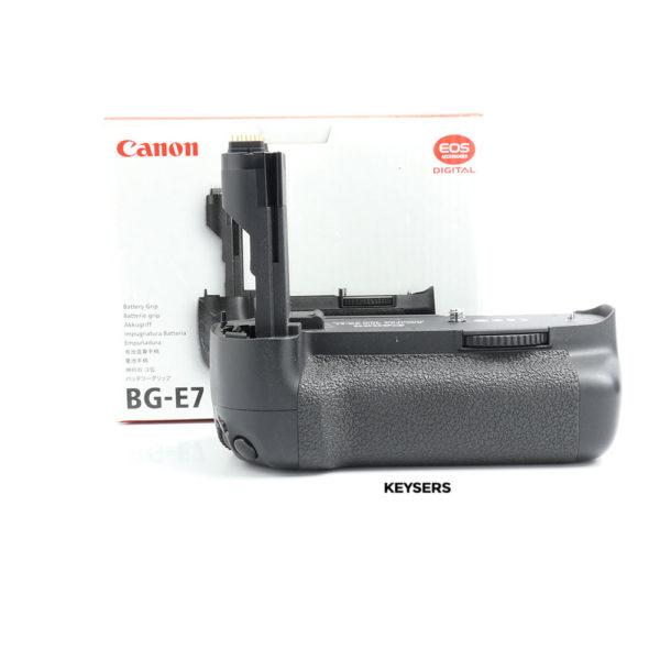 Battery grip BG-E7