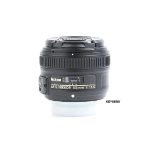 Nikon 50mm AF f1.8 G Lens (Top)